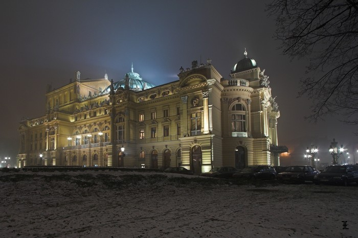 Teatr Słowackiego we mgle